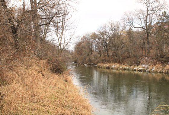 7 Acres of SW WI Land & 750' of Shoreline on the La Crosse River!